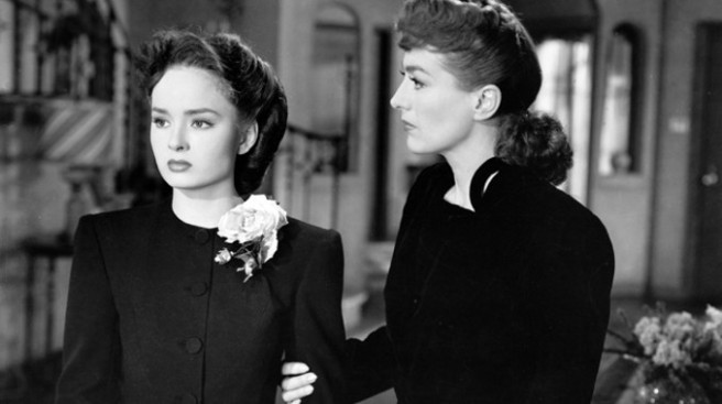 Mildred Pierce.jpg